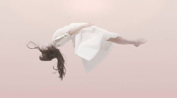 Purity-Ring-Push-Pull-Indie-Underground-Aaron-McMillan-672x372